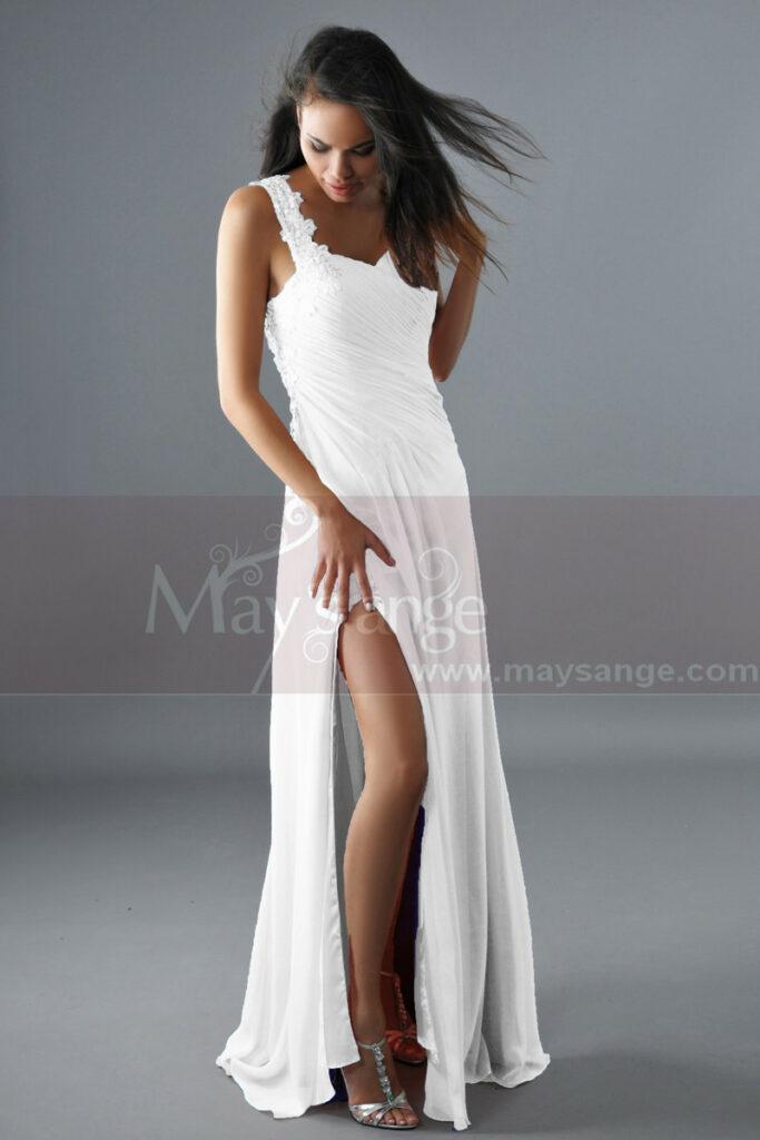 jolie robe de mariee fendue longue bretelle unique dentelle