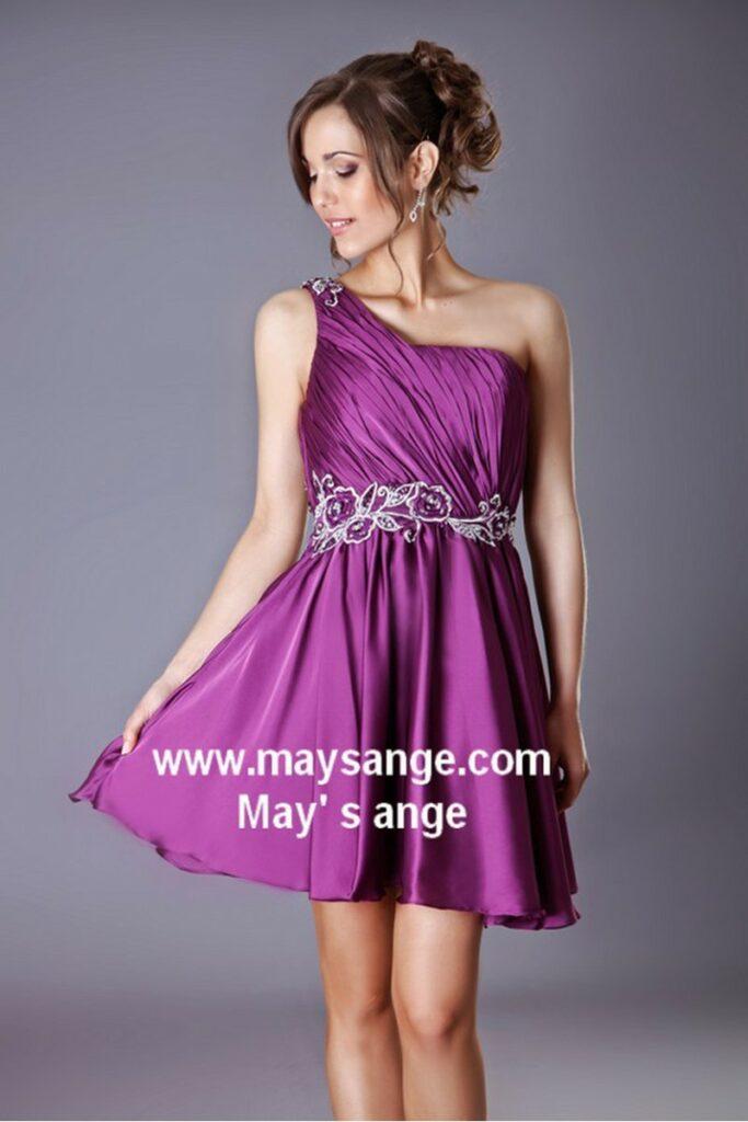 robe courte de cocktail en satin liere violet
